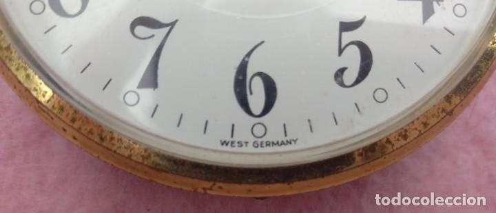 Vintage: Reloj con Escudo Imperial de Inglaterra, Mediados S. XX // VINTAGE PARED MILITAR HITLER QUARTZ NAZI - Foto 9 - 276961033