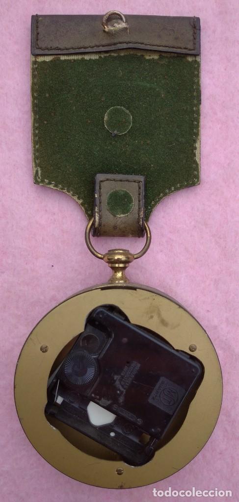 Vintage: Reloj con Escudo Imperial de Inglaterra, Mediados S. XX // VINTAGE PARED MILITAR HITLER QUARTZ NAZI - Foto 10 - 276961033