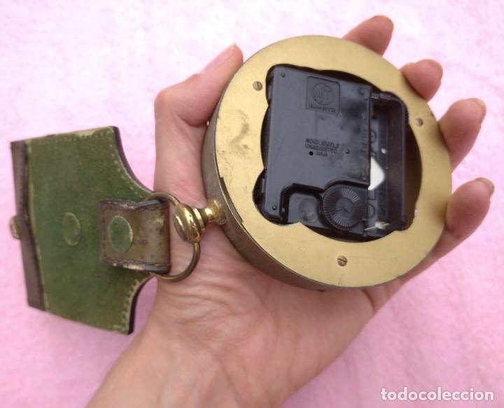 Vintage: Reloj con Escudo Imperial de Inglaterra, Mediados S. XX // VINTAGE PARED MILITAR HITLER QUARTZ NAZI - Foto 11 - 276961033
