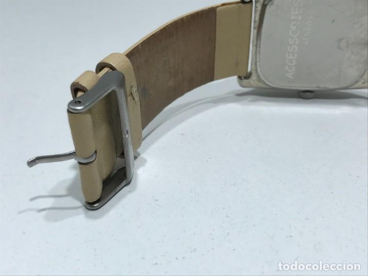 Vintage: Reloj de pulsera con movimiento de Quartzo con correa - Funcionando - Foto 6 - 286253163