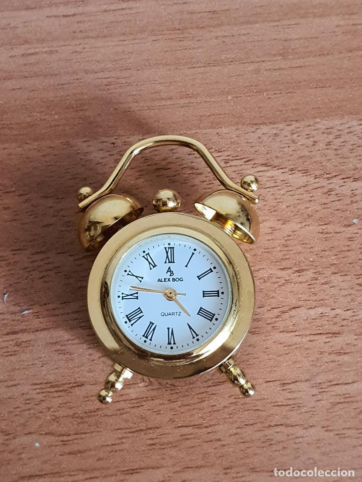 Vintage: Antiguo reloj en miniatura. Con forma de despertador (Años 90) - Foto 4 - 287790203