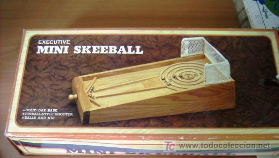 MINI SKEEBALL EXECUTIVE - ESPECIE DE PINBALL EN MADERA CON BOLAS DE ACERO (Vintage - Varios)