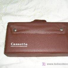 Vintage: **ANTIGUO ESTUCHE DE PLASTICO PARA CINTAS DE CASETTE,--ESPECIAL COLECCIONISTAS--**. Lote 27469558