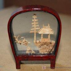 Vintage: MINIATURA JAPONESA HECHA EN CORCHO Y MADERA. Lote 26463467