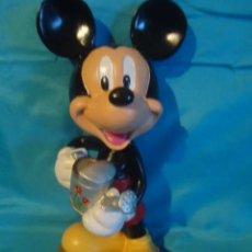 Vintage: FIGURA DE RESINA DISNEY MICKEY MOUSE DISNEY, PEANA MADERA. Lote 26449689