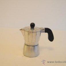 Vintage: CAFETERA DE ALUMINIO. Lote 27899156