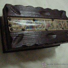 Vintage: CAJA DE MADERA ESTILO CASTELLANO TAMAÑO MEDIO. Lote 31266135