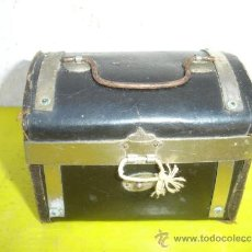 Vintage: PEQUEÑO BAUL. Lote 32694176
