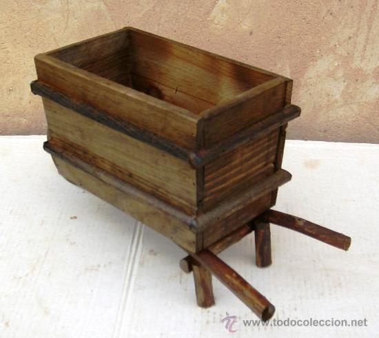 Carretilla de madera apero de labranza jardin comprar for Carretilla de madera para jardin