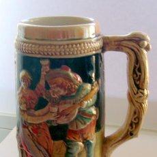 Vintage: JARRA DE CERVEZA PORCELANA . GERMANY . PINTADA A MANO. Lote 35684325