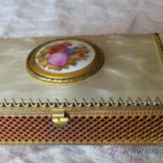 Vintage: JOYERO VINTAGE METAL DORADO. Lote 36292350