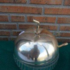 Vintage: AZUCARERO DE CRISTAL FORMA DE MANZANA. Lote 37841802
