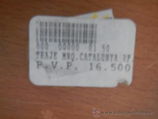 Vintage: ANTIGUO Y PEQUEÑO MANIQUI CON TRAJE POPULAR DE CATALUNYA, MIDE 23 CM, PONE PRECIO 16500 PTAS - Foto 2 - 37985987
