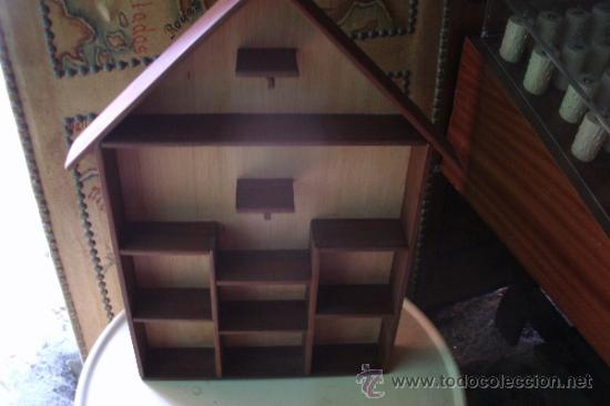 Antigua casita estanteria en madera para colgar comprar for Estanteria colgar pared