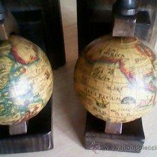 Vintage: ANTIGUOS SOPORTES PARA LIVROS,HECHOS DE MADERA CON LOS GLOBOS DEL MUNDO. Lote 40099049
