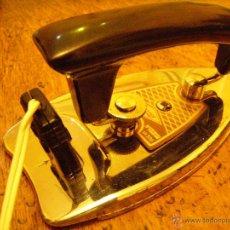 Vintage: PLANCHA DE VIAJE VINTAGE - PLEGABLE CON FUNDA.. Lote 40190297