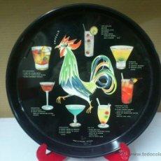 Vintage: BANDEJA DE CHAPA VINTAGE COCTELES.. MADE IN FINLAND HELSINKI. Lote 40374179