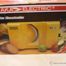 Vintage: CORTADORA ELECTRICA VINTAGE MARCA AKA AÑOS 70 SIN ESTRENAR. Lote 42373815