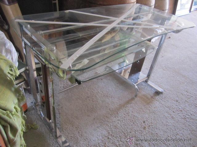 Mesa de cristal para ordenador con ruedas per comprar for Mesa de ordenador con ruedas