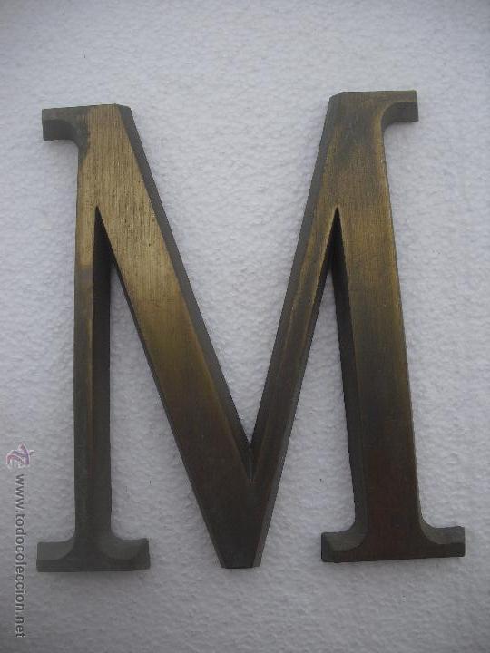 Esplendida letra 39 m 39 de pieza de t comprar for Letras decoracion metal