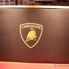 Vintage: BANDERA ENMARCADA DE LAMBORGHINI, DIMENSIONES:144X88CM.. Lote 44701363