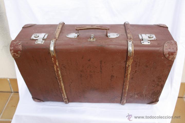 Antigua y gran maleta de cart n prensado y made comprar for Maletas antiguas online