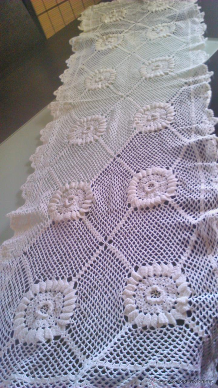Vintage: Precioso camino de mesa de ganchillo color blanco.Nuevo sin estrenar .Tengo mas iguales en stoc - Foto 3 - 46099568