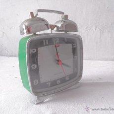 Vintage: RELOJ DESPERTADOR VINTAGE COLOR VERDE TIME STAR. Lote 45658403