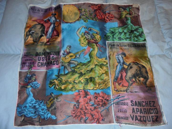PAÑUELO VINTAGE CON MOTIVOS TAURINOS (Vintage - Varios)
