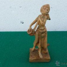 Vintage: FIGURA DE RESINA. Lote 47202413