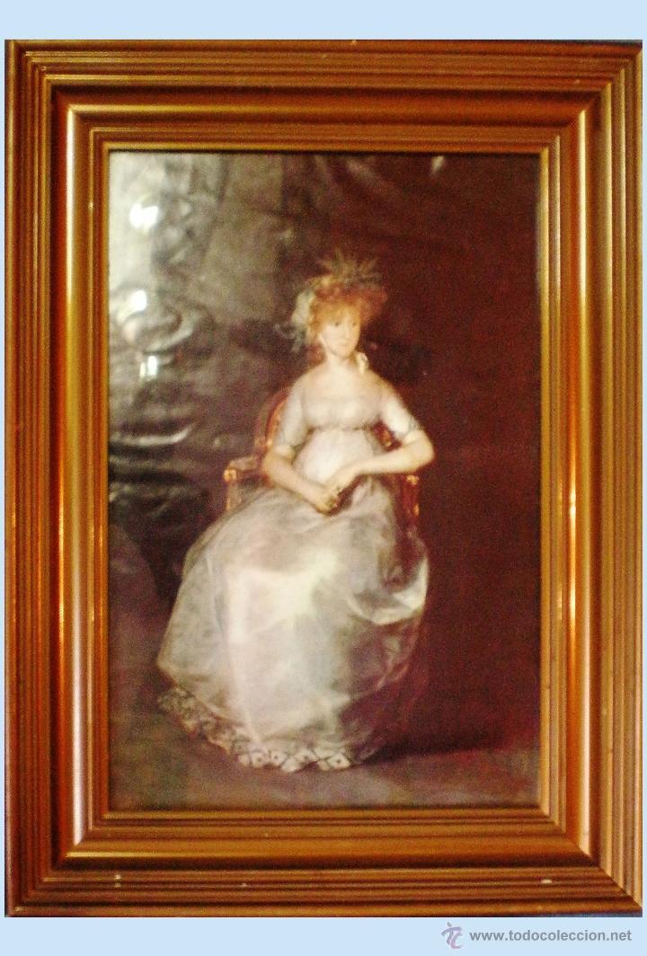 LAMINA ANTIGUA CON FOTO DE SRA. CON VESTIDO DE ENCAJE DE EPOCA Y TOCADO. 22 X 32,5 CM. ENMARCADO. (Vintage - Decoración - Varios)