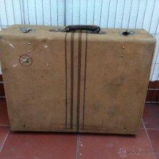 Vintage: MALETA ANTIGUA VINTAGE TELA RAYAS CENTRALES. Lote 49117358