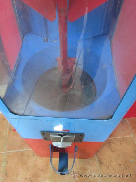 Vintage: Máquina expendedora de bolas para niños. - Foto 5 - 49178991