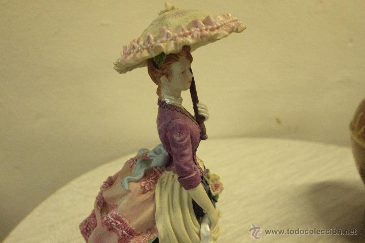 Vintage: FIGURA RESINA, DAMA CON PARAGUAS,- SOMBRILLA , 28CM .REF500- - Foto 2 - 49296234