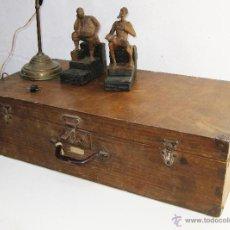 Vintage: ENORME MALETA ANTIGUA MADERA IDEAL USO O ALMACENAJE VINTAGE. Lote 49370748