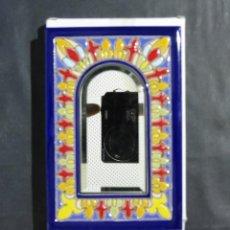 Vintage: ESPEJO DECORATIVO CER. COLON-CUERDA SECA- PINTADO A MANO- 10 X 15 CM.. Lote 50486879