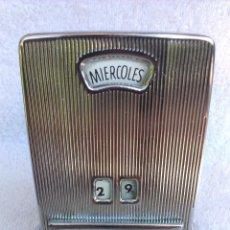 Vintage: CURIOSO CALENDARIO DE MESA . MARCA PETRUS . ANTIGUO. Lote 50596623
