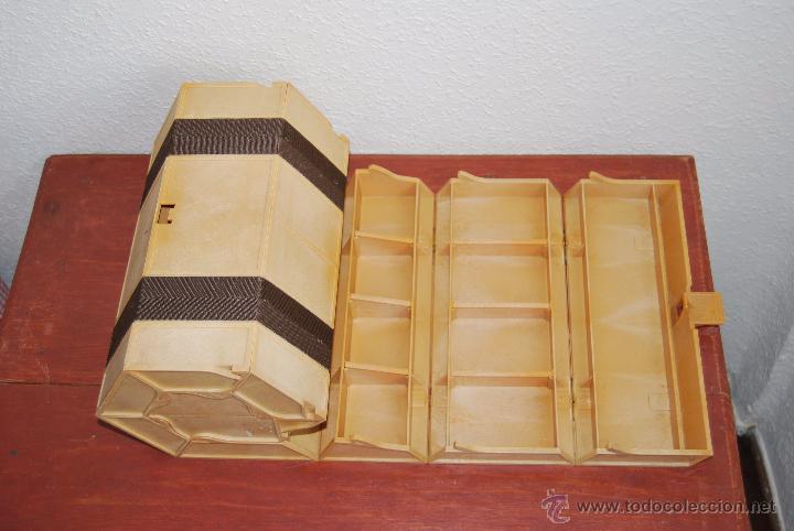 Vintage: CURIOSA CAJA DE HERRAMIENTAS ROLYKIT - SISTEMA ENROLLABLE - AÑOS 70-80 - 1 METRO - Foto 9 - 70492995