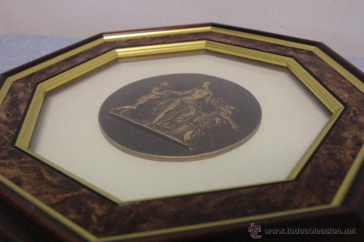 Vintage: Cuadro con ¿Medallón? enmarcado, imagen Griega. Ver fotos - Foto 2 - 51177136