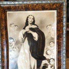 Vintage: ANTIGUO CUADRO / MARCO CON MARCO DE MADERA, LAMINA DE LA VIRGEN DE LOS AÑOS 40-50. Lote 51375039