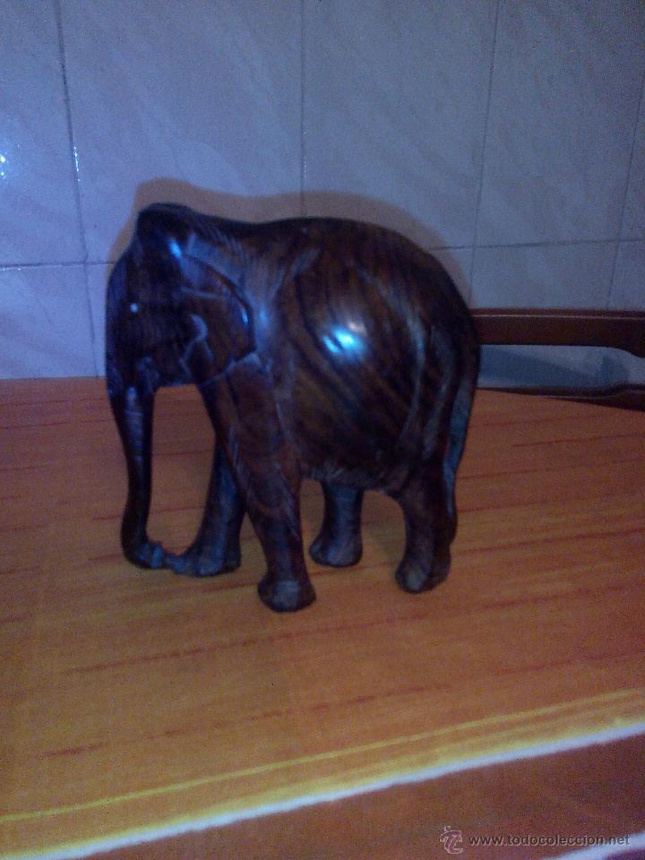 Vintage: Preciosa escultura de un elefante africano tallado en madera noble. - Foto 4 - 51430627