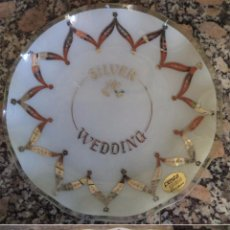 Vintage: PLATO FUENTE DE CRISTAL CON ADORNOS NAVIDEÑOS EN PLATA INGLES SILVER WEDDING . Lote 52490851