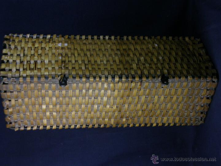 Vintage: perchero balda repisa hierro mimbre trenzado herraduras años 50 60 60x21x23cms - Foto 5 - 52674611