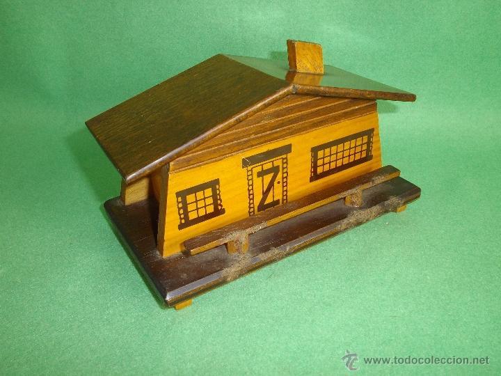Divertida antigua hucha casa madera mid century comprar for Decoracion casa anos 60