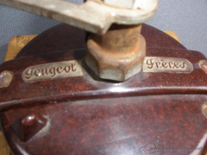 Vintage: Molinillo Peugeot FRERES MODELO LAQUÉ FRANCIA baquelita marrón vintage retro pop años 60 - Foto 3 - 53151991