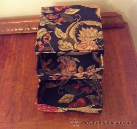Vintage: Caja joyero forrado con tela muy vintage con espejo y cajones, - Foto 3 - 53712626