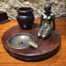 Vintage: CENICERO PITILLERA EN BRONCE Y MADERA. Lote 53748075