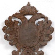 Vintage: PANOPLIA, MADERA ABEDUL TALLADA, AÑOS 60´, AGUILA IMPERIAL BICÉFALA CARLOS I / V. Lote 148240110