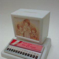 Vintage: HUCHA + PIANO- PRIMERA COMUNION - AÑOS 80 - NUEVO. Lote 54225361