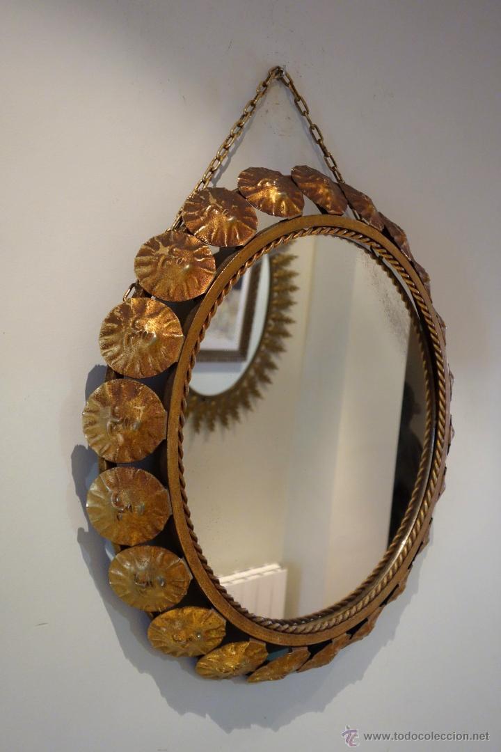 Vintage: Espejo vintage tipo sol mediados s.XX metal dorado marco compuesto por 22 soles - Foto 3 - 54285542